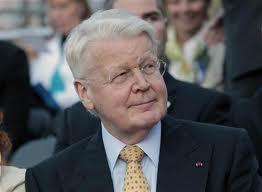 Islanda: migliaia di firme on line per chiedere al presidente Grímsson di ricandidarsi