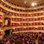 Una Traviata controversa alla Scala. Alfredo stende la pasta in cucina
