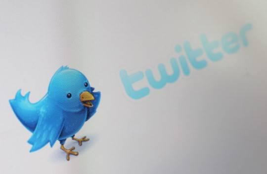 Twitter: l'azienda inizia una guerra contro lo spam, denunciate 5 persone