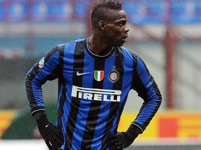 """Balotelli al Milan, Raiola: """"Spero torni a giocare il derby di Milano"""""""