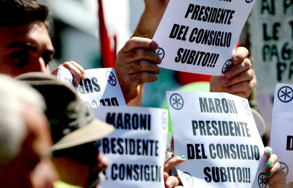 Congresso Lega Nord: fischi dei militanti a Giorgio Napolitano