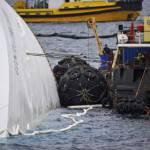 Naufragio Costa Concordia: Francesco Schettino non sarà all'udienza dell'incidente probatorio, pericolo linciaggio