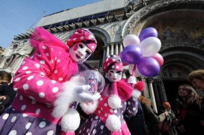 Maschere carnevale (ANDREA PATTARO/AFP/Getty Images)