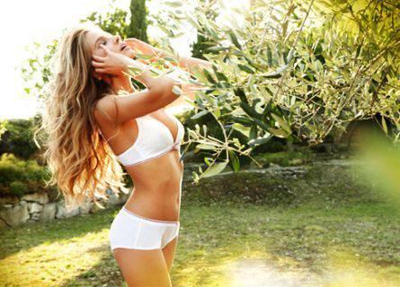 14 intim13 Intimissimi primavera estate 2012: fotogallery sexy e provocante della modella Tanya Mityushina