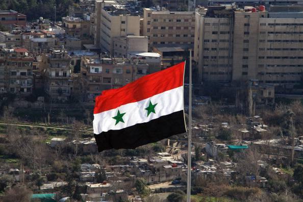 Siria: il ministro russo Lavrov considera rischioso rovesciare il regime
