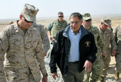 Leon Panetta in Afghanistan (Getty Images)