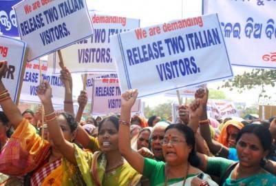 141690801 401x270 Rilascio ostaggi italiani in India: la Farnesina non conferma