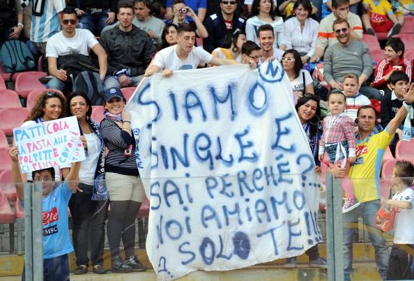 """Lavezzi all'Inter o verso Parigi? Intanto a Napoli cantano """"Se mi lasci non vale"""""""
