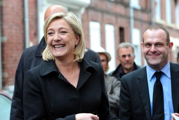 Elezioni in Francia, prime proiezioni: Hollande in vantaggio. Sorprende Marine Le Pen