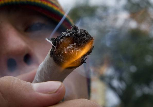 L'Uruguay legalizza la marijuana: 40g al mese acquistabili con carta di credito