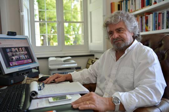 Movimento 5 Stelle ruba voti a Lega e Idv. Beppe Grillo invita a partecipare attivamente alla vita politica