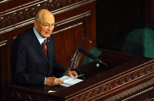 """Crisi, Napolitano: """"Per risanare il Paese necessaria una forte coesione"""""""