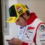"""MotoGp 2012, Valentino Rossi: """"Il ritiro di Stoner è uno choc… Io proseguo fino al 2014″"""