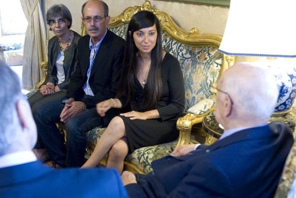 """Rossella Urru libera, la Sardegna in festa. """"Grazie per non averci lasciati soli. Ricordiamoci degli altri ostaggi"""""""