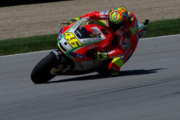 MotoGp Misano 2012: Lorenzo vince, Rossi sul podio per il Sic