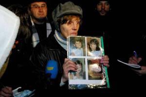 Donna reclama liberazione ostaggi (Kommersant/Getty Images)