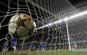Calcio, l'UE chiede una tassa sugli acquisti di lusso