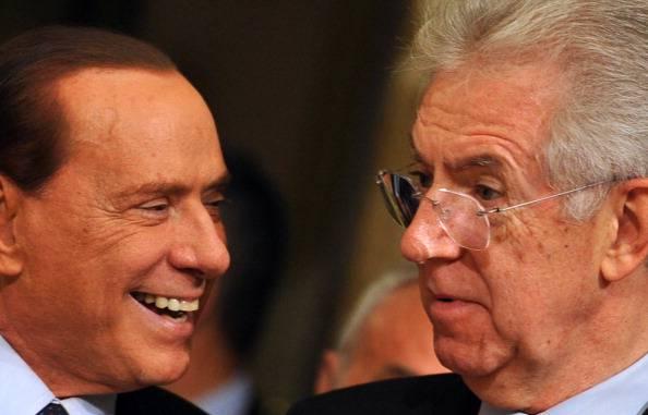 Berlusconi: torno in politica per senso di responsabilità