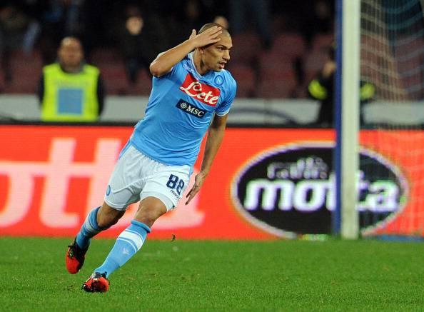 Serie A, 15a giornata: Napoli – Pescara 5-1. Inler, Hamsik e Cavani rispondono alla Juve