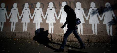 Murale contro la violenza sulle donne (PHOTO / FILIPPO MONTEFORTE  - Getty Images)