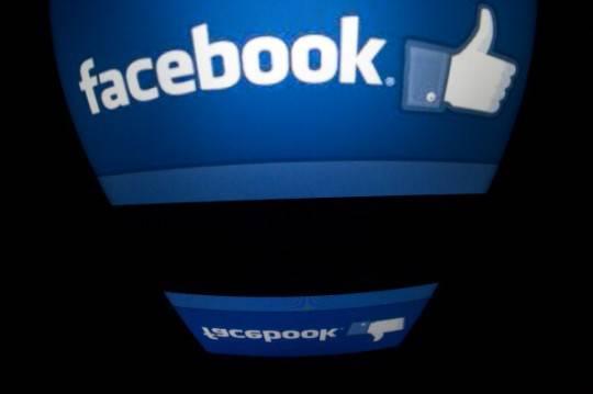 Facebook: Zuckerberg trasferisce mezzo miliardo di euro alle Cayman per eludere le tasse inglesi