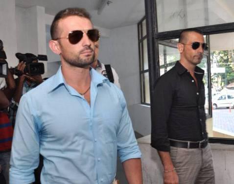 Da destra, Massimiliano Latorre e Salvatore Girone (Getty Images)