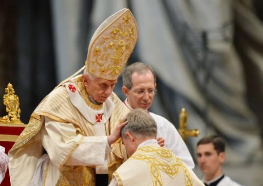 Benedetto XVI abbandonerà la carica di pontefice il 28 febbraio