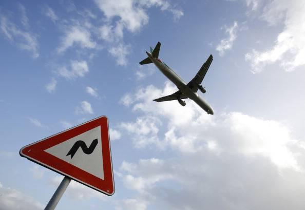 Fiumicino: velivolo atterra d'emergenza. Tre feriti