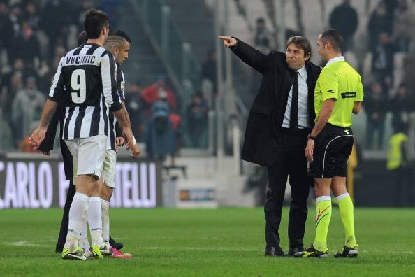 Stangata alla Juventus: due turni di stop per Conte e Bonucci