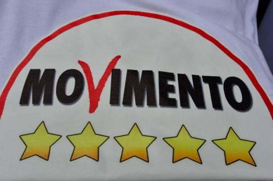 """Restitution Day, il Movimento 5 Stelle oggi """"restituisce un milione e mezzo di euro"""""""