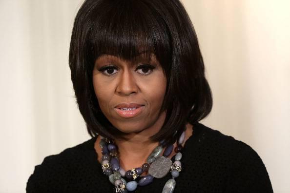 """Michelle Obama: """"La frangetta? Una risposta alla crisi di mezza età"""""""