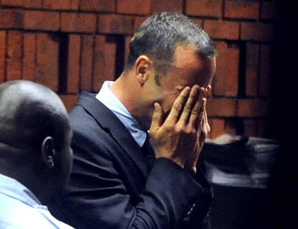 """Processo Pistorius, procuratore lo accusa: """"Lei mente"""""""