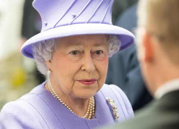 GB, la regina Elisabetta II è stata ricoverata per una gastroenterite: annullata la visita in Italia