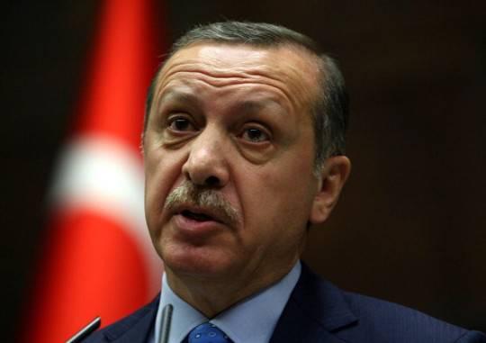 Siria, ministro turco: nessun patto con Israele contro il regime di Damasco