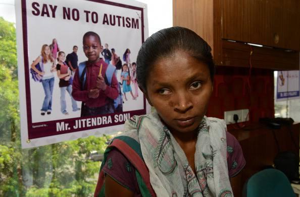 Giornata mondiale contro l'autismo, luci blu accese in tutto il mondo