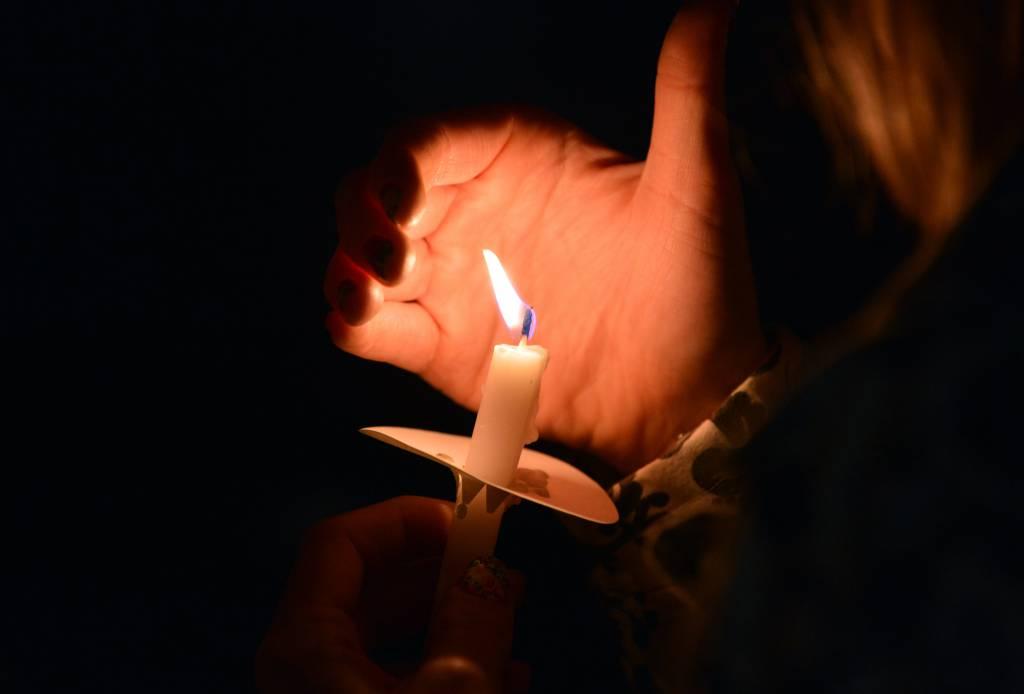 A Boston la fiaccolata per le vittime dell'attentato (Fotogallery)