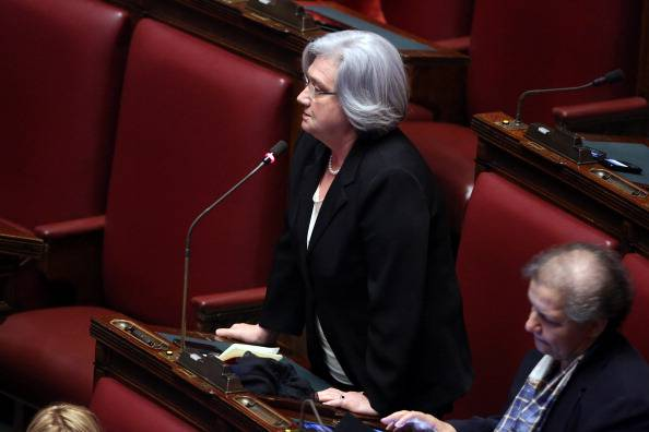 Italicum oggi alla camera deputate in protesta vestono di for Oggi alla camera