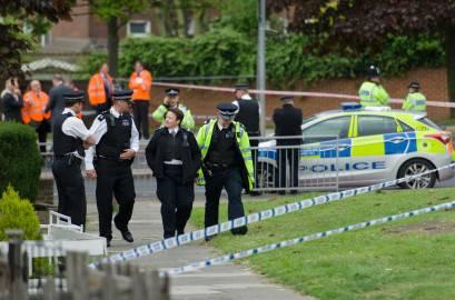169248526 409x270 Londra: efferato omicidio a Woolwich. Scattate misure anti terrorismo