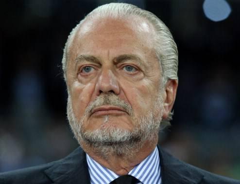 """Calcio, De Laurentiis come Grillo: """"Mandiamoli tutti a casa alla Figc"""""""