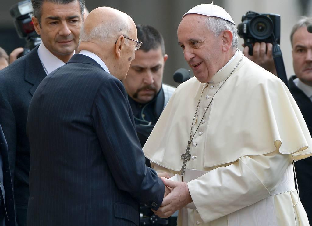 Visita del Pontefice in Terra Santa, scambio augurale tra Papa Francesco e Napolitano