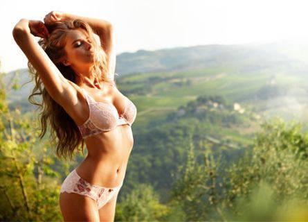 19 intim18 Intimissimi primavera estate 2012: fotogallery sexy e provocante della modella Tanya Mityushina