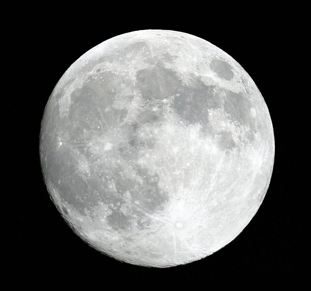 """ASTRONOMIA / Nasa, """"La Luna invecchia e diventa sempre più piccola"""""""