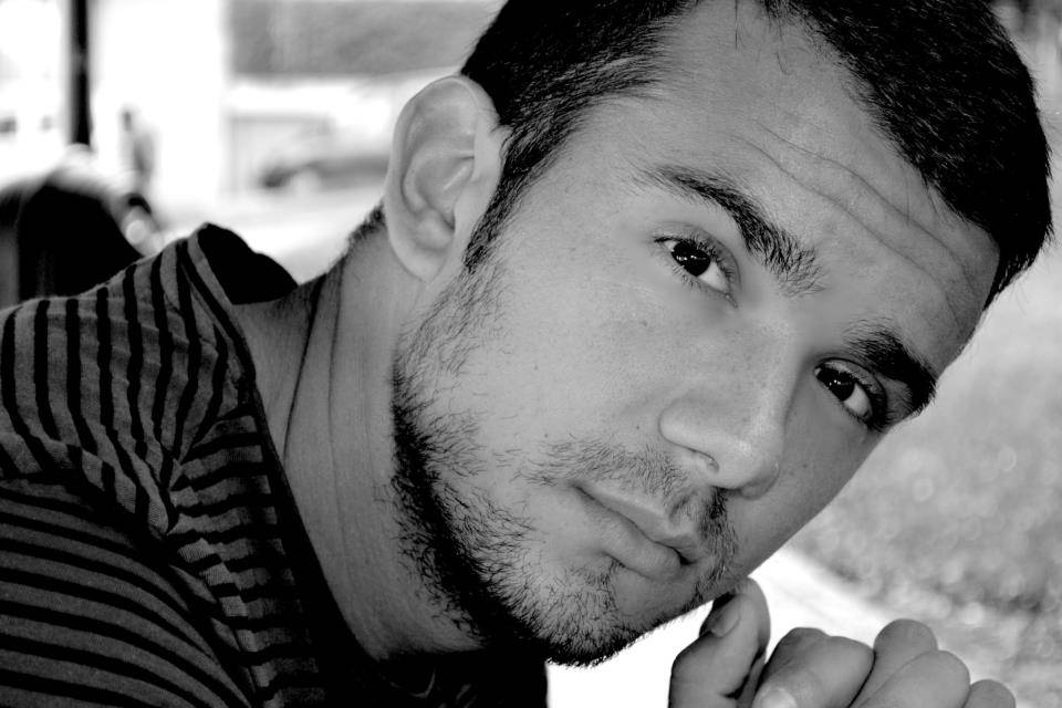 Marco Iannitello a 360°: vita, sogni e progetti di un attore eclettico innamorato del cinema…