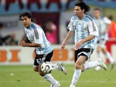 TEVEZ AL BARCELLONA / Un attacco tutto argentino con Messi