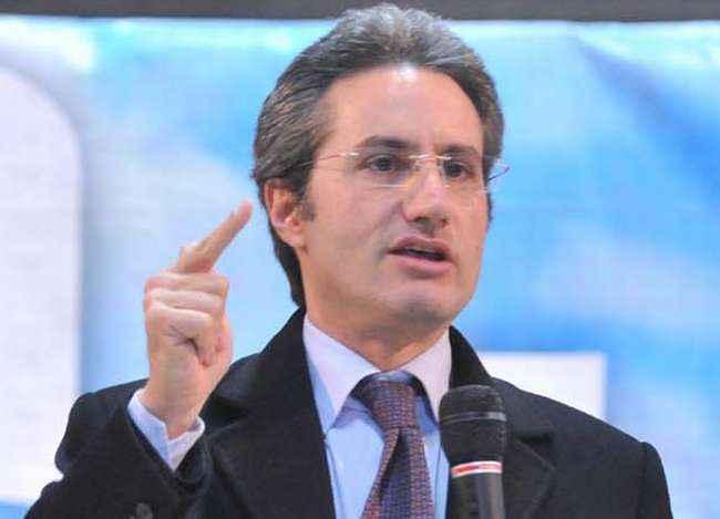 P3, inchiesta: sentito in procura a Roma il Presidente della Campania Stefano Caldoro