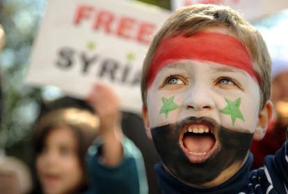Rivolta in Siria: un milione di manifestanti in strada, esercito spara sulla folla e uccide 31 persone