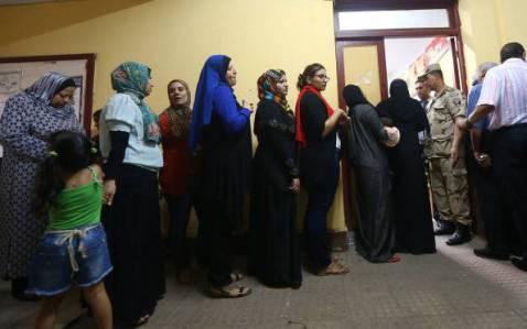 Egitto al voto per le presidenziali del dopo Morsi (MARWAN NAAMANI/AFP/Getty Images)