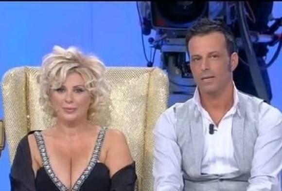 Chicco Natali, marito di Tina Cipollari, accusato di..