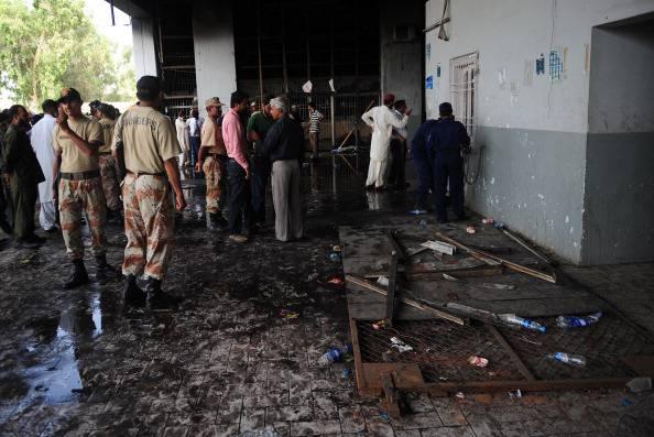 Pakistan: nuovo attacco all'aeroporto di Karachi