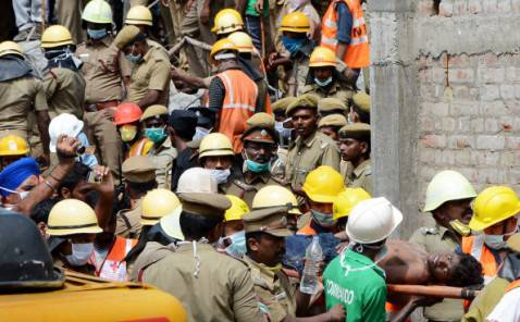 Operazioni di soccorso a Chennai (STRDEL/AFP/Getty Images)